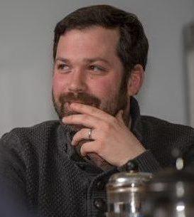 Photo of Dr Daniel Tennant