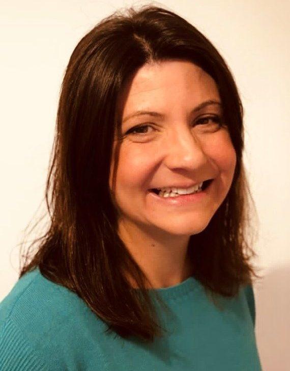 Photo of Dr Helen Benghiat
